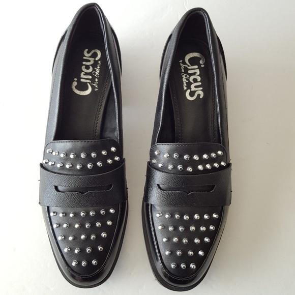 e557458c22e7 Circus by Sam Edelman Lali Black Loafers. M 5c43abfa45c8b336fd52f5df